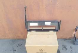 Воздуховод радиатора Мерседес W202 - Фото #1