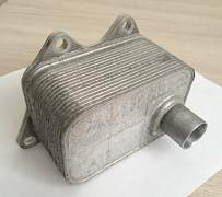 Радиатор масляный (теплообменник) Пассат Б6 - Фото #3
