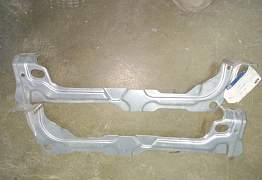Кронштейны передних крыльев Ford Mondeo IV - Фото #1