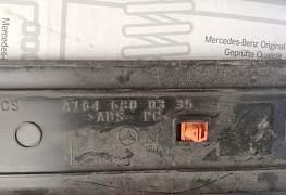 Накладка порога внут A1646800435 Mercedes GL164 - Фото #3