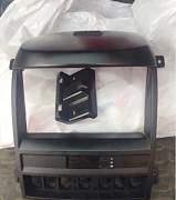 Панель магнитолы на Kia Sorento I KIA 84761-3E100 - Фото #1