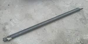 Цилиндр верхний стрелы UP984N на палфингер 15500 - Фото #1