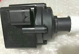 Насос системы охлаждения 06H121601M - Фото #1