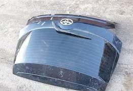 Крышка багажника Toyota Auris Рестайл - Фото #2