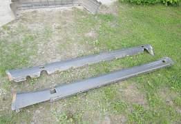 Накладки на пороги W124 - Фото #1