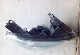 Фара правая передняя на Тойоту Рав 4 III кузов - Фото #2