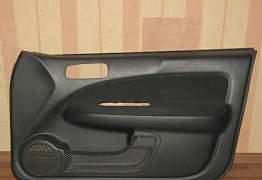 Honda HR-V 98-06 обшивки дверей - Фото #1