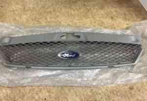 Решетка радиатора ford mondeo-3 1227095 - Фото #1