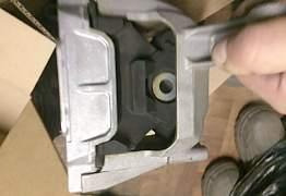 Опора двигателя на Volkswagen - Фото #1