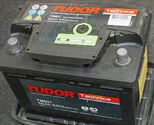 Без обмена Tudor 62Ah с глазком + Philips H4 - Фото #1