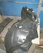 Подкрылок передний левый мерседес w212 - Фото #1