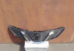 Решетка радиатора Ниссан Кашкай - Фото #1