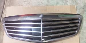 Решетка радиатора Mersedes W221 - Фото #1