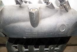 Впускной коллектор Touareg 3.2 бензин - Фото #1