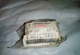Поршень переднего тормозного суппорта Монтеро 3 - Фото #1