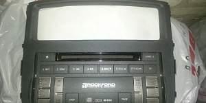 Оригинальная магнитола Mitsubishi Pajero 4 - Фото #2