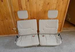 Ряд сидений Lexus GX470 - Фото #1