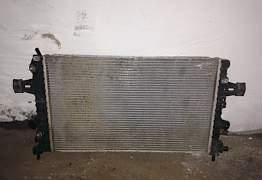 Радиатор Опель Астра Н 1,8 автомат Б/У оригинал - Фото #2