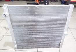 Радиатор охлаждения BMW X5 - Фото #1