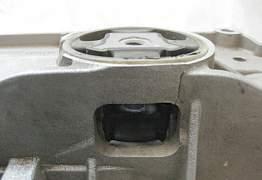 Передний подрамник б/у на VW Golf - Фото #5