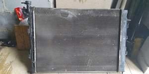 Радиатор охлаждения kia sportage 3 - Фото #1