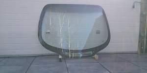 Заднее стекло Хендай купэ - Фото #1