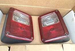 Задние фонари фары Mopar Jeep Wrangler JK - Фото #1