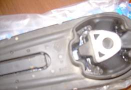 Лапка опора двигателя - Фото #3