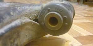 Рычаг передний левый на вольво V/S 40 1996-2004 г - Фото #5