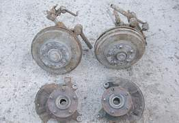 Mazda 626 GF 97-03 Поворотный кулак, ступица - Фото #1