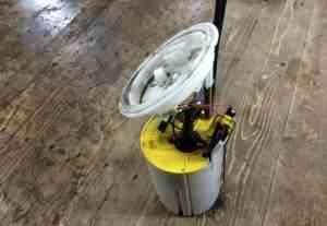Подкачной насос в топливный бак для бмв е60 дизель - Фото #1
